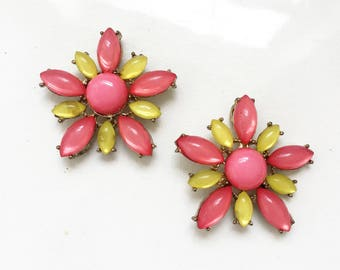 craft lot destash salvaged jewelry components//pink and yellow mod daisy rhinestone connector findings--lot of 2