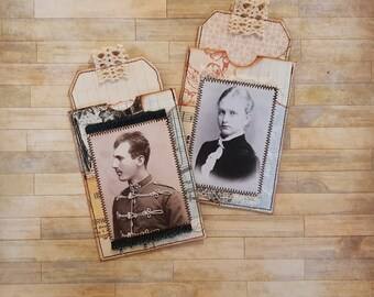 2 x Vintage style pockets - With collage tags