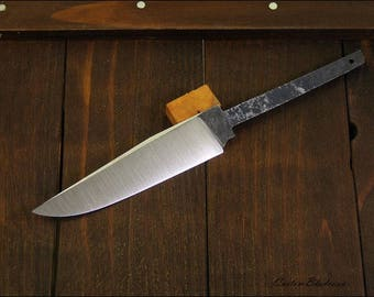 Handmade knife blade - model 4