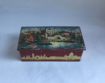 Huntley & Palmer Vintage Biscuit Tin, 1930s Tower of London.