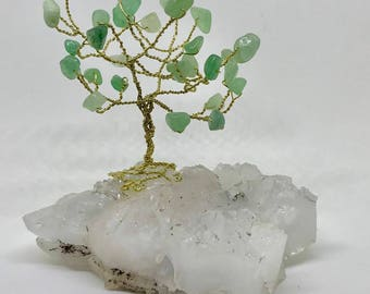 Wire tree sculpture, Tree on crystal, Tree of Life, Gem tree,  Crystal tree, Quartz crystal, Tree with crystal base,