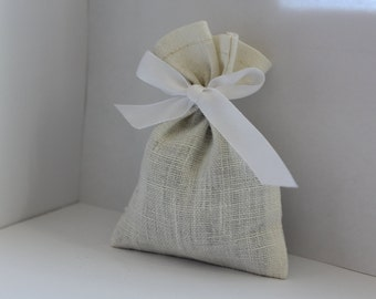 Natural linen bags - 50 pcs ~ White Creamy linen small bags - Rustic wedding favor - Wedding favor bags - French gift bags - Linen favor bag