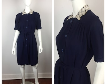 Vintage 1940s Dress / 40s Navy Blue Maternity Dress with Crochet Collar / One Size