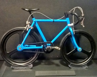 Road Bicycle Kit Model,  Racing Bike with Tri-Spoke Aero Wheels, Blue Frame Road Bike, Movable Parts,  Present,