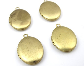 VIntage Raw Brass Oval Engraving Lockets (4x) (L513)