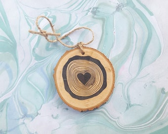 tree rings with heart wood slice Christmas ornament / wedding gift tag