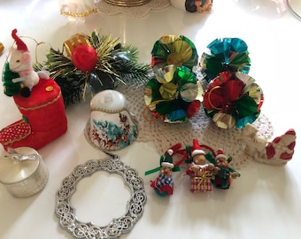 Lot (1) Vintage Kitschmas Decorations