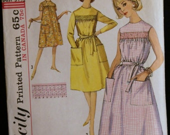 Vintage 60s Sewing Pattern Junior One-Piece Dress Simplicity 5435 Sz 11