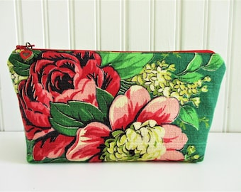 Red Rose  Bouquet on Green Ground Vintage Barkcloth Fabric Zippered Make Up Bag