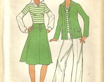 Simplicity 7450 Misses 70s Vintage Sporty Tee Jacket Skirt Pants Wardrobe Sewing Pattern Size 12 Bust 34