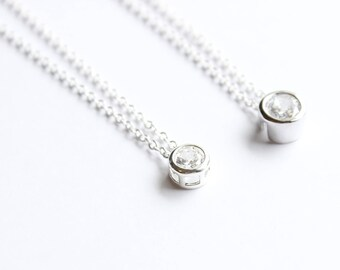 Silver solitaire zircon necklace. Cubic zirconia necklace. Round solitaire necklace. Sparkling necklace. Bridesmaids gift, wedding necklace