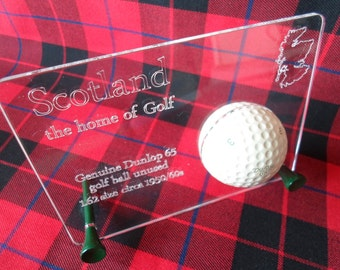 Executive desktop ornament with Dunlop 65 golf ball  boxed  ideal golfing gift
