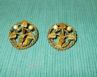 "Vintage 1940s / 1950s Brass ""Rope"" Clip-On Earrings-Branches with 2 Pearls-FREE SHIPPING!"