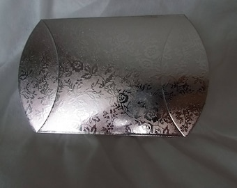 1 set of 2 beautiful boxes for packaging Jewelry Silver