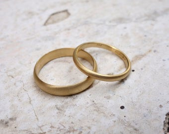 Gold Wedding Ring Set Promise Rings Solid Gold Bands Gold Rings His and Her's wedding rings Simple wedding rings Matching wedding rings