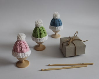 Easter set, knitted decor hats, easter gifts, Knit egg warmers, knitted egg cosy, colored easter eggs, crochet egg cozy, easter decorations