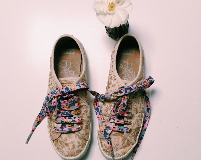 Rifle Paper Co Cotton fabric SHOELACES in adult and children's sizes - Rosa (violet) print