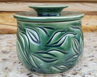 Pottery French Butter Crock, Leaves, French Butter Crock with handle, Green Butter Dish, Ceramic Butter Crock, Emerald, Made in Montana