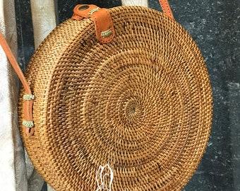Rattan Bag Natural Handwoven Bali Round Bag, Straw Bag with Button Clip or Bow Closure Bali bag