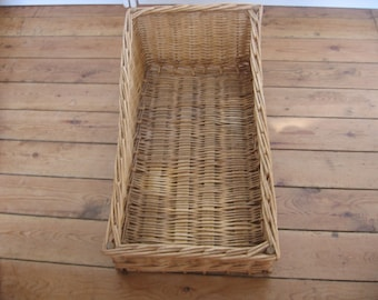Large French Vintage Rectangular Boulangerie Wicker Display Basket
