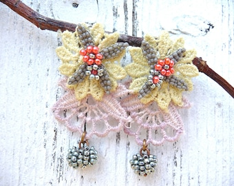 Marquise absintha and lillac lace beaded flower bouquets earrings