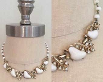 50s White Pear and Gold Leaf Rhinestone Choker Necklace