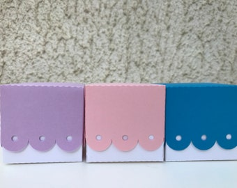 Small paper gift box, party favours, square box, wedding gift box