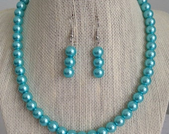 Aqua Blue Necklace, Gift for Her, Blue Bridal Jewelry, Bridesmaid Necklaces, Blue Pearl Necklace, Blue Wedding Jewelry, Aqua Blue Weddings