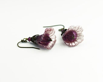 Lilac two toned hand dyed Lucite Lily Earrings, Vintage Style, Swarovski Crystals, Czech Glass