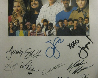 Glee Signed Pilot Script Screenplay X16 Autographs Dianna Agron Chris Colfer Jane Lynch Cory Monteith Matthew Morrison Naya Rivera signature