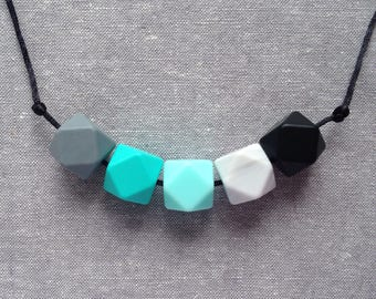 LUCIA Teething necklace