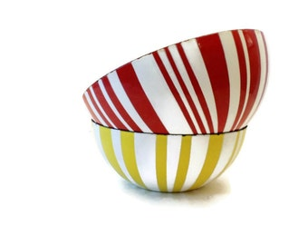 Cathrineholm Red Striped Enamelware Bowl
