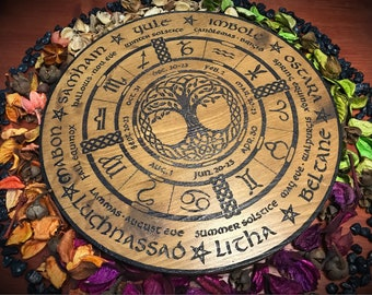 Wheel of the Year engraved on fir wood and hand painted - wicca wiccan witch magic witchcraft wood pyrography pagan symbolism paganism