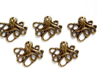 5 Antique Bronze Octopus Charms - 21-54-1