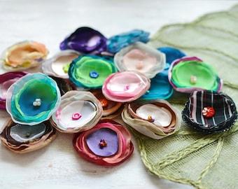Fabric flowers, applique grab bag, organza appliques, floral embellishments, flower appliques, silk flowers bulk (20pcs)- Grab Bag (set 389)
