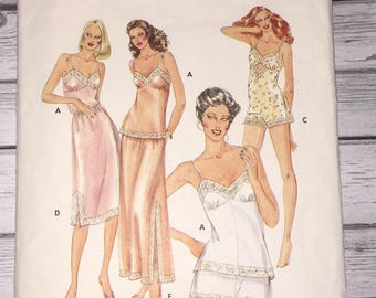 Butterick 4020 Camisole Shorts Bodysuit Half-Slip Vintage Sewing Pattern Misses Size 12 Bust 34