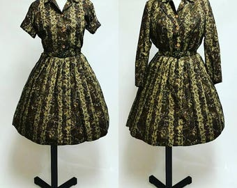 Vintage 1960's Paisley print matching trio with circle skirt, top, and jacket, size Medium Green Blue Brown College Town of Boston