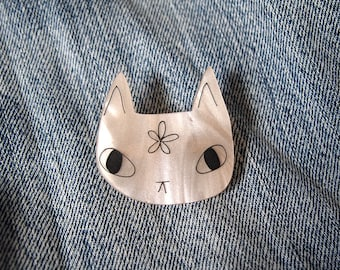 Peachy cat brooch - Cat brooch - Cat flower brooch - Laser cut brooch - acrylic brooch - I like cats - Cat gift - Cats - Cat jewellery -