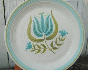 SALE - Vintage Mid Century Franciscan   TuLiP TiMe 10-3/4 in Dinner Plates ... Buy 2 for 11.00