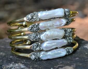 Birthstone Jewelry, June, Pearl Bracelet, Bride Jewelry, Bridesmaids, Unique Gift , Bridal Jewelry, Pearl Jewelry,  June Birthday, Gift