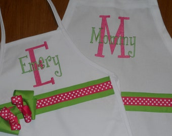 Personalized Mommy and Me Monogrammed Apron Set (Kids & Adult Aprons)
