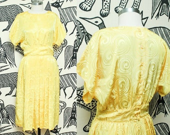 Silky Yellow Dress // 1980s Pleated Yolk Short Sleeve Dress // 80s Halmond Petites Blousey Top Polyester Side Pockets Size 8 Small