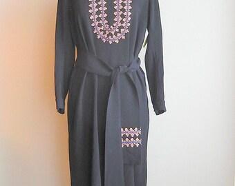 Vintage Edwardian Tunic Dress 1910 Embroidered Wool DECO  / size 8 10 12 medium / Blue BLUMS Antique