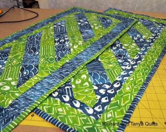 Diagonal Table Runner Pattern