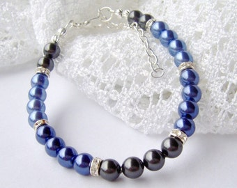 Blue Pearl Bracelet / ombre blue bracelet / shades of blue / gift for her / birthday / unique gift / grey pearls / rhinestone and pearl