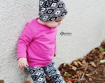 Black and White Baby Beanie/ Baby Slouch Beanie/ Baby Slouchy Hat/ Toddler Beanie/ Toddler Slouch Beanie/ Beanie hat/ Newborn Hat/ Baby Hat