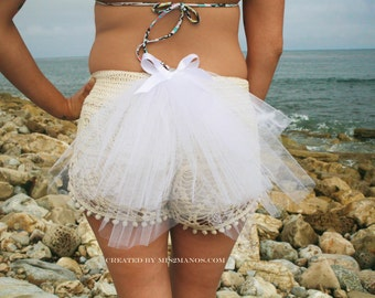 BACHELORETTE  Three Tiered 12 inch Bustle Veil with White bow Veil Short Tutu Bustle Party Veil