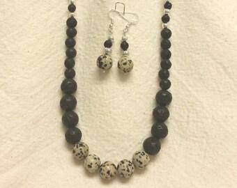Appaloosa necklace set