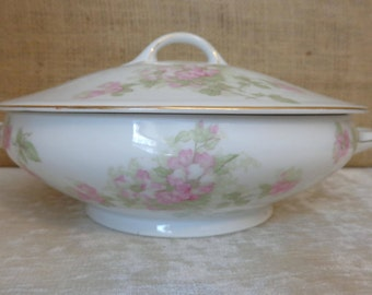 Vintage Trianon Covered Vegetable, Covered Casserole, J & C Trianon Bavaria