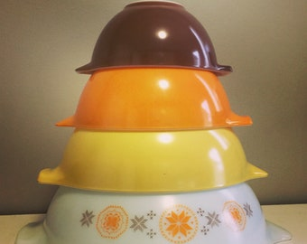 Town and Country, Pyrex Cinderella Mixing Bowl ,